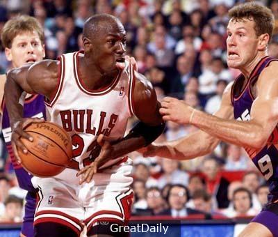 細數NBA歷史總決賽十大高效球員:喬丹無敵,韋德單騎救主!