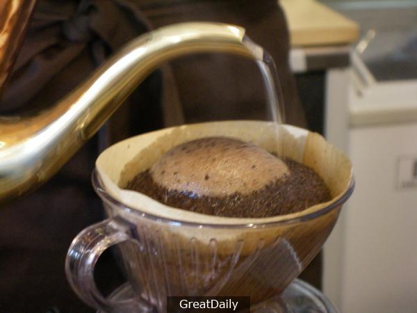 手沖咖啡基礎製作步驟....